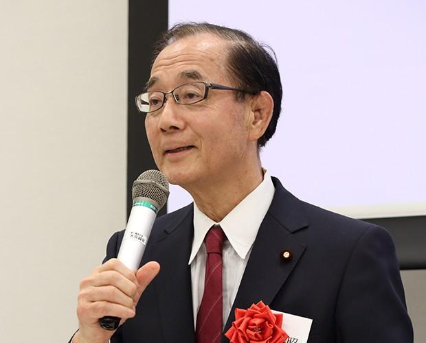 原田義昭・国会議員団代表